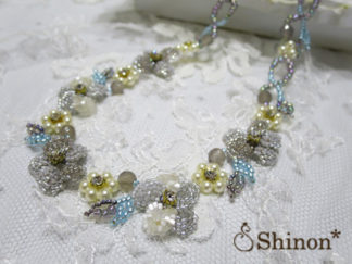Shinon* すみれのネックレス(グレー)