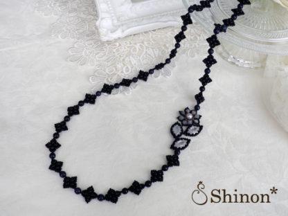 Shinon* モダンフラワーロングネックレス