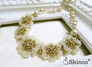 Shinon* Lace Flower Necklace
