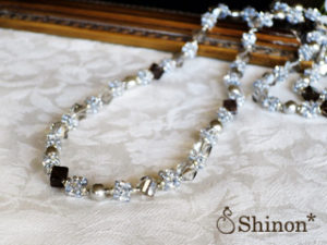 Shinon* Confeito ロングネックレス(グレー)