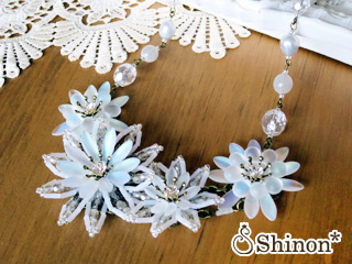 Shinon* シャイニーフラワーネックレス
