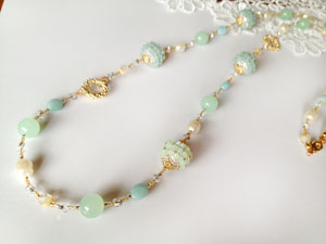 Shinon* あわいしのぶ Mint Green Long Necklace